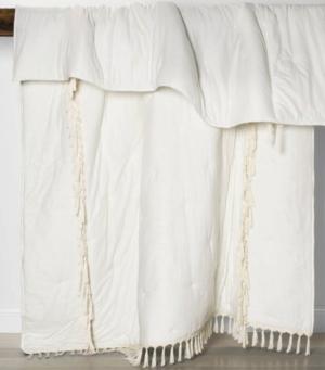 Solid Macramé Tassel Tufted Lofty Quilt – Opalhouse™